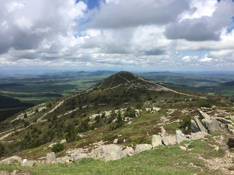 Ascension Et Tour Du Mont Mezenc A Pied